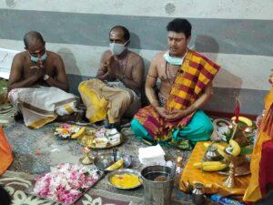 Induismo hinduismo hinduism hindu shiva kali mantra om shakti lakshmi tempio pujari puja